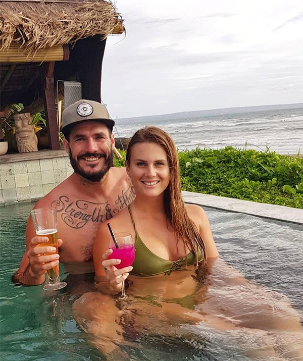 The couple pictured during a romantic vacay.
