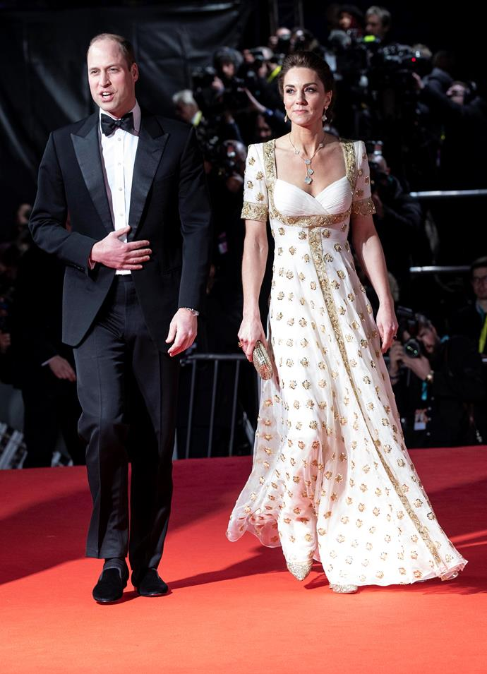 """Duchess Catherine took our breath away as she made a showstopping entrance to the [2020 BAFTA Awards](https://www.nowtolove.com.au/royals/british-royal-family/kate-middleton-baftas-dress-2020-62408