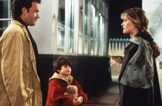 ***Sleepless in Seattle*** <br><br> After Sam loses his wife Maggie, his young son Jonah makes him call a national radio talk show, where he hopes to find him a companion. What eventuates makes this film one of the world's most iconic romantic comedies.