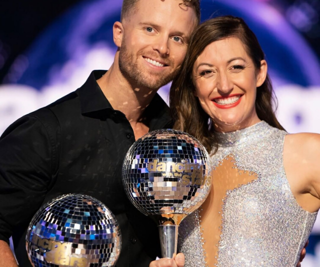 """**WINNER: CELIA PACQUOLA** <br><br> The Aussie comedian and her professional dance partner Jarryd Byrne, dubbed #TeamGiggles, [took home the mirrorball trophy](https://www.nowtolove.com.au/reality-tv/dancing-with-the-stars/dancing-with-the-stars-australia-winner-2020-63237 target=""""_blank"""") and $50,000 for her chosen charity, Safe Steps Family Violence Response Centre."""
