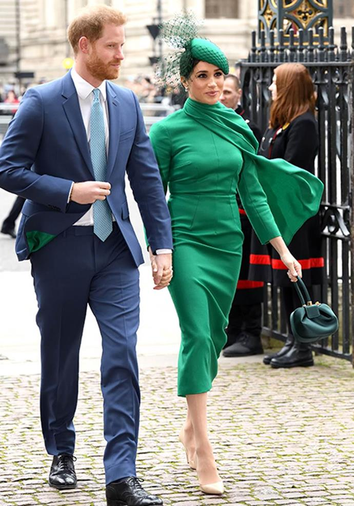 """Wrapping things up with a fizz and a bang, Meghan channelled superhero chic in a [green Emilia Wickstead design](https://www.nowtolove.com.au/royals/british-royal-family/meghan-markle-commonwealth-day-dress-62979
