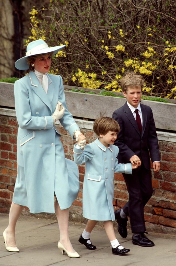 "The following year, she one-upped her [past fashion-performances](https://www.nowtolove.com.au/fashion/fashion-trends/princess-diana-casual-outfits-62182|target=""_blank"") by matching her powder blue coat with her young son Prince William. And how sweet is Wills' cousin Peter Philips?!"