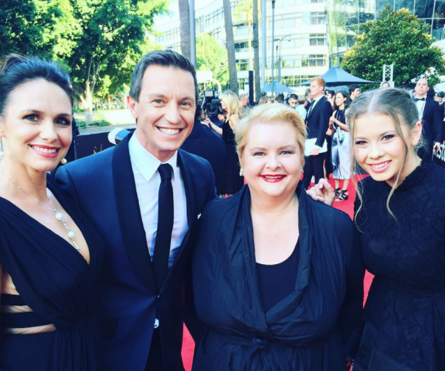 The couple posed for a photo on the 2015 AACTAs red carpet with Magda Szubanski and Bindi Irwin.