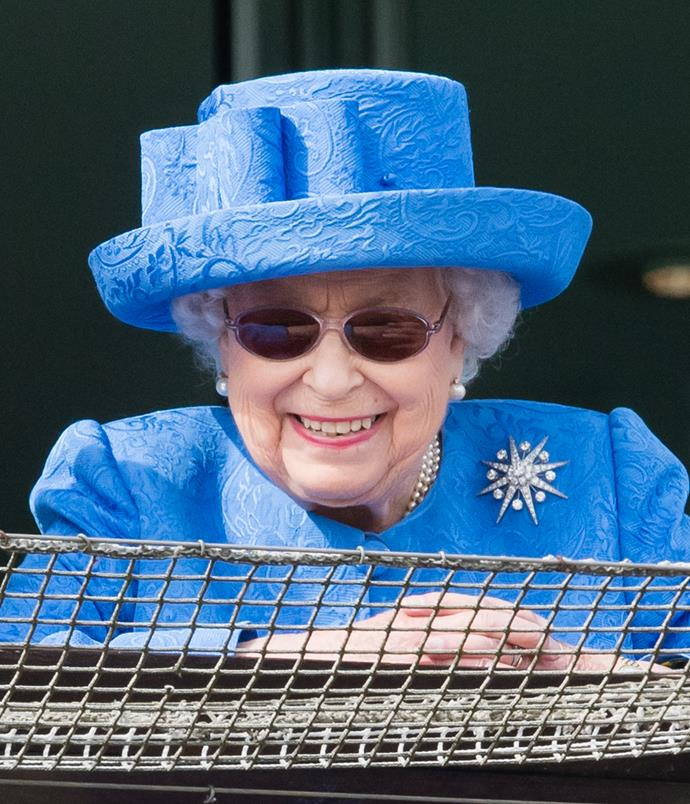 A blue mood! Attending Derby Day at Epsom racecourse in June 2019, Her Majesty rocked the oval silhouette like a certified pro.