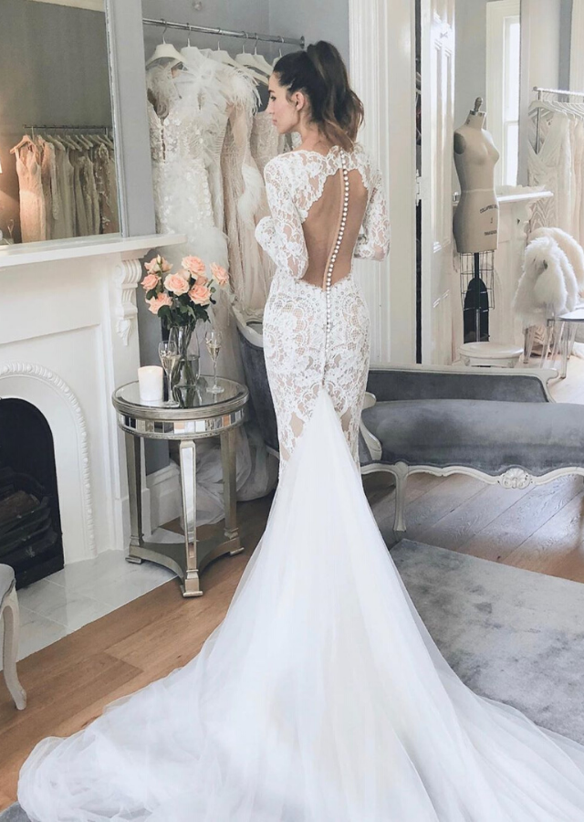 The intricate lace and back detailing.
