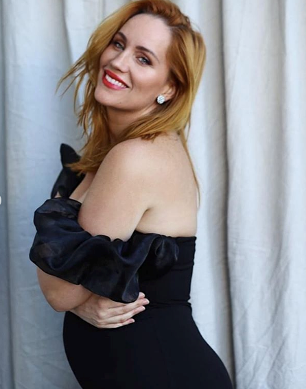 """""""Wear your curves (and bump) proudly! You are healthy, feminine, woman,"""" the mum-to-be wrote."""