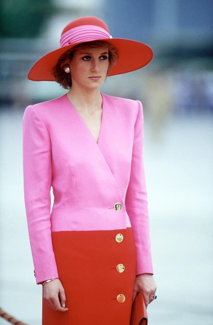 Before colour blocking was a thing, Diana made it her own. Pink and red is difficult to pull off at the best of times, but she sure didn't let that stop her in this stunning Catherine Walker creation.