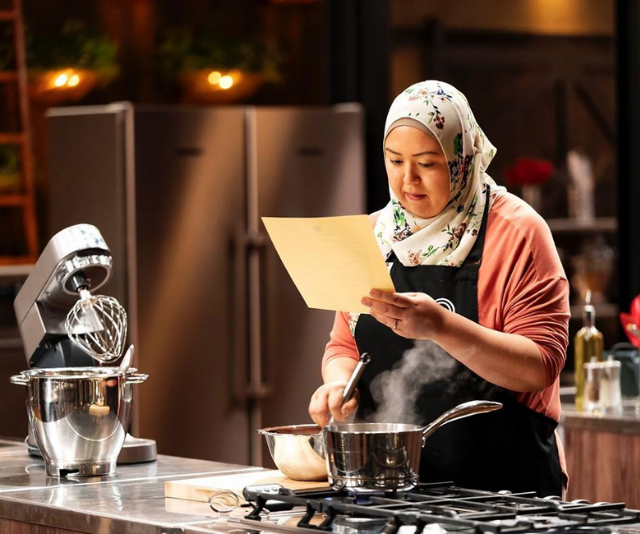 Amina was struggling, even with the recipe.
