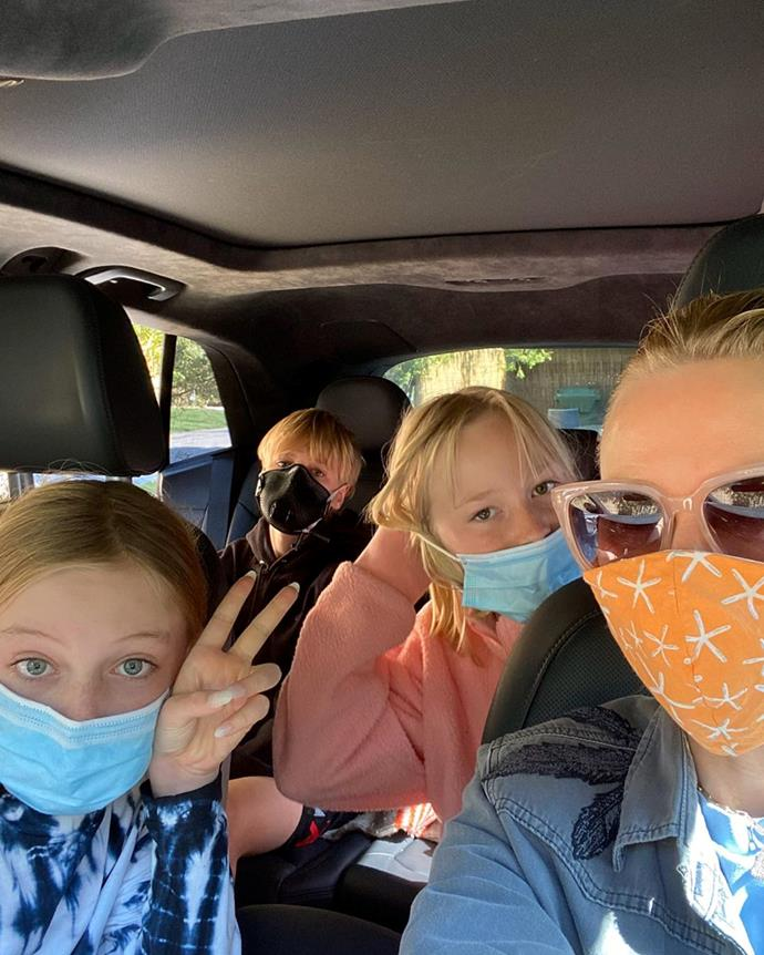Naomi and her kids keeping safe wth face masks on, along with fellow actor Laura Dern's daughter Jaya.