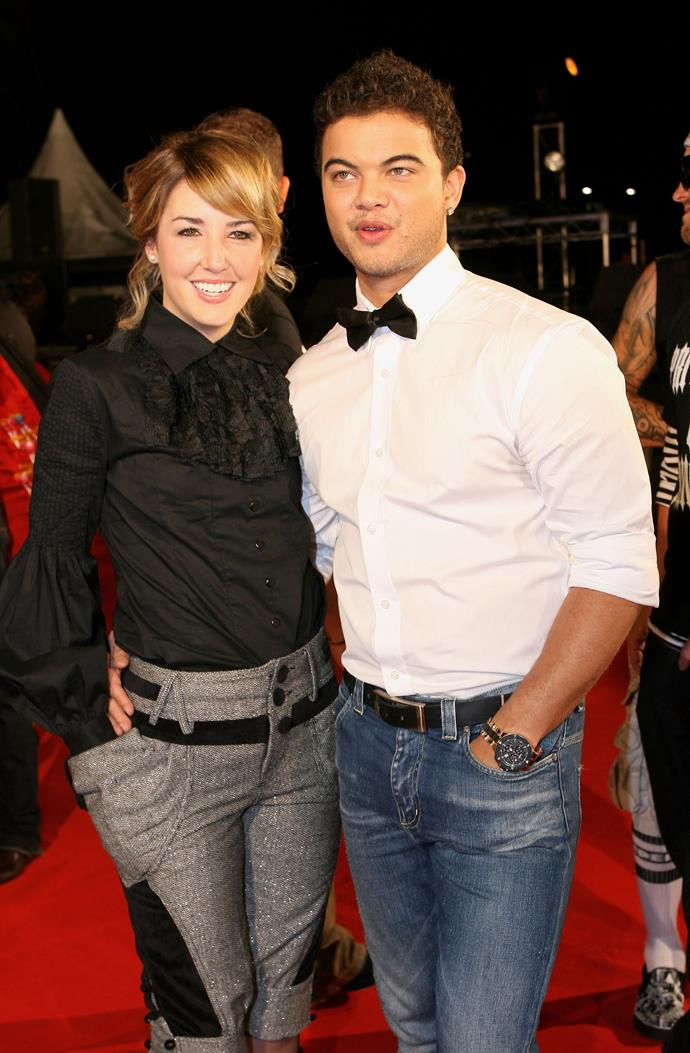 Couple dressing at the MTV Australia Video Music Awards in 2007.