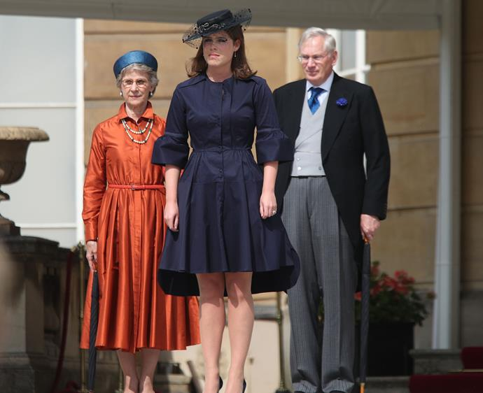 """Princess Eugenie [donned the trend of the times](https://www.nowtolove.com.au/royals/british-royal-family/prince-harry-princess-beatrice-princess-eugenie-garden-party-56070