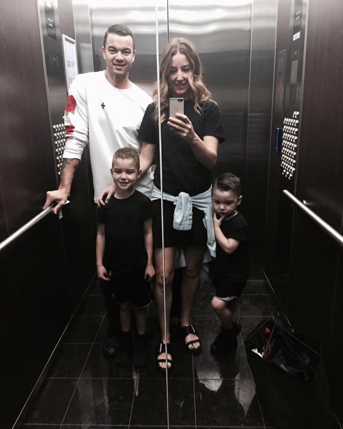 The family who lift selfies together, stays together.