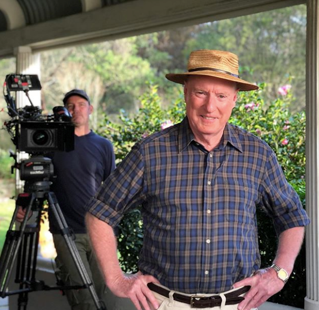 """He's back baby! Georgie Parker (who plays Roo in the soap) shared this gorgeous snap of Ray Meagher as the pair returned to set in May 2020. """"Back at it,"""" she wrote."""