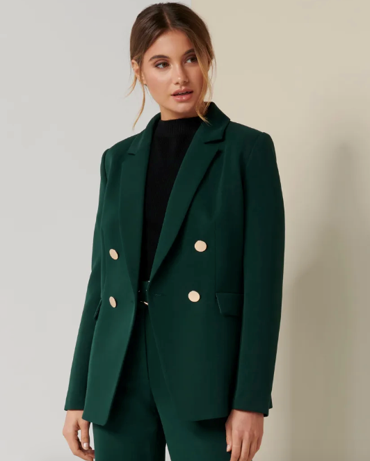 """It's still available too! Nab the green and add a pop of colour to your corporate wardrobe for the winter to come. $129, [buy it online here](https://www.forevernew.com.au/elisa-blazer-262679?colour=green