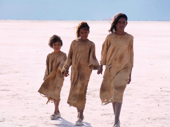 "**[Rabbit Proof Fence](https://play.stan.com.au/programs/1352249|target=""_blank""