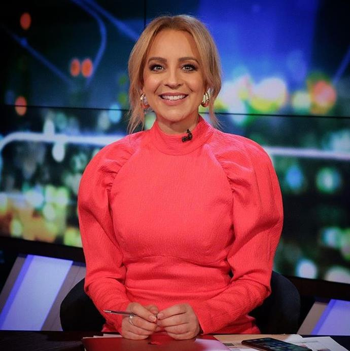 Carrie when bold colour-wise and shoulder-wise in this bright Rebecca Vallance number.
