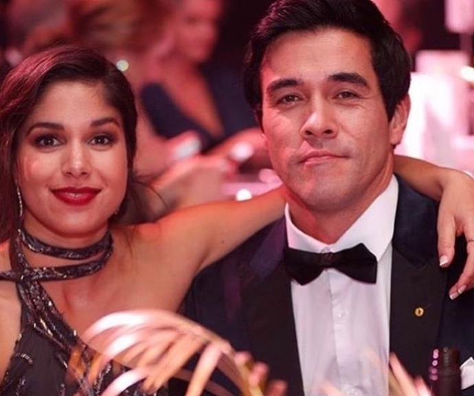 "The look of love! Sarah and her *Home And Away* [co-star-turned-husband James Stewart](https://www.nowtolove.com.au/celebrity/celeb-news/james-stewart-sarah-roberts-wedding-57276|target=""_blank"") at the 2018 TV WEEK Logie Awards."