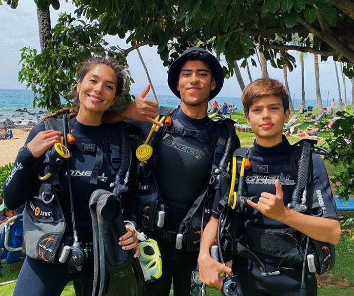 The family that dives together... stays together!