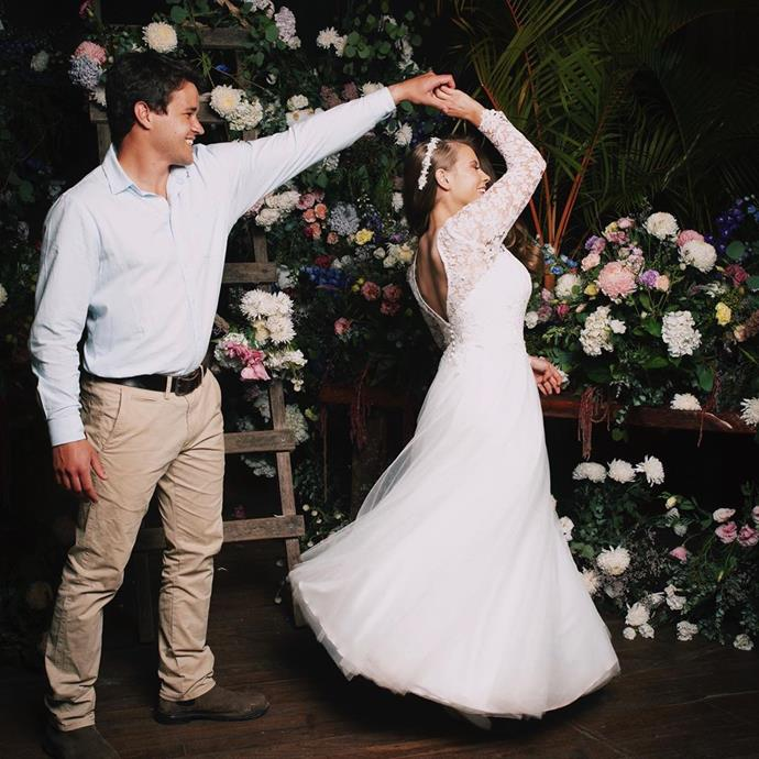 The happy couple dancing on their special day at Australia Zoo.