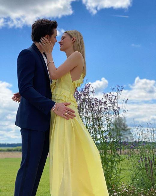 Brooklyn announced his engagement to his girlfriend Nicola Peltz with a fairy tale-esque picture.