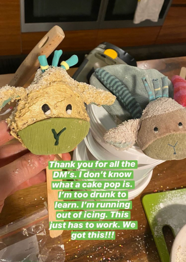 Real Sheepy, meet cake Sheepy.