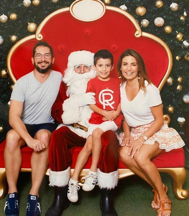 Ada shared this adorable Christmas family photo with Johnas, and it truly is a gift.