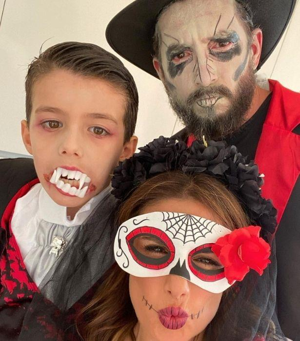 We. Can't. Deal. <br><br>   This family halloween costume is all killer, no filler.