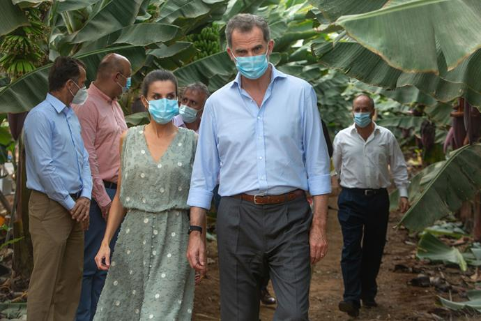 During a visit to a banana farm in Tenerife, the Spanish royals joined others in wearing face masks during their walkabout.