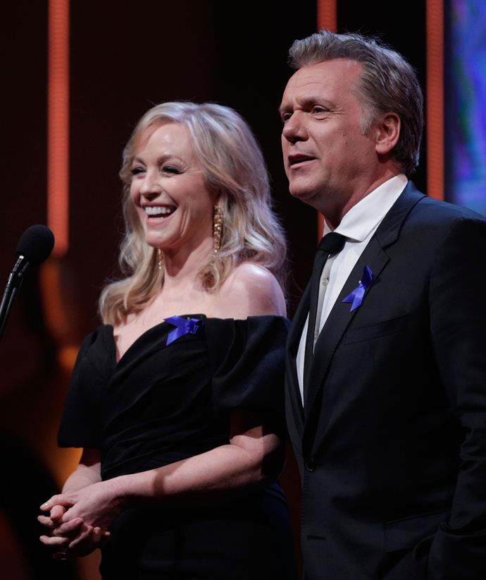 Rebecca presenting at the 2018 AACTA Awards with *Packed to the Rafters* co-star Erik Thomson.