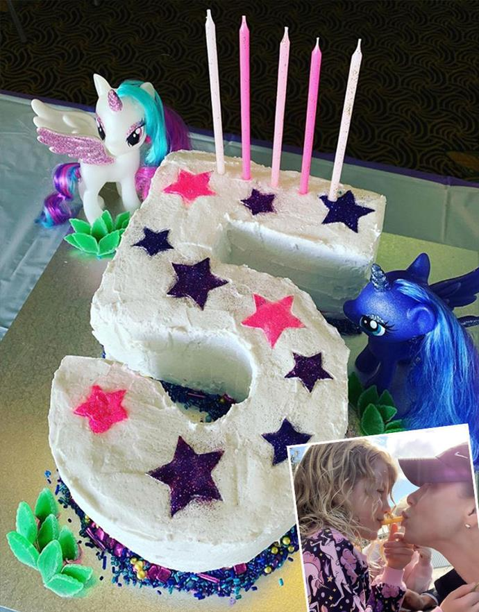 "When actress and radio presenter Kate Ritchie revealed she'd made this [superb *AWW* fifth birthday cake](https://www.womensweeklyfood.com.au/recipes/number-5-4441|target=""_blank"") for her daughter Mae last year, she quipped she was ""taking birthday cake orders for when this silly career of mine is put to bed."" But all jokes aside, the former *Home And Away* favourite is clearly a talented baker!"