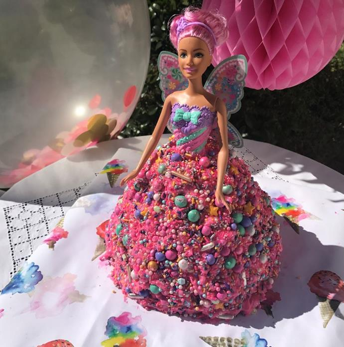 Kate made her daughter Mae this iconic Barbie cake for her birthday.