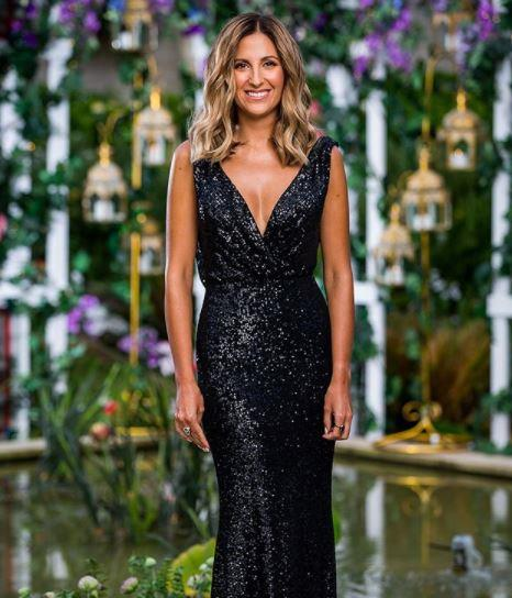 Okay, so Irena is a frontrunner for Locky's heart, but she's also a frontrunner for the best dressed from the *entire* series in this black sequined design. Cov-et-ing.