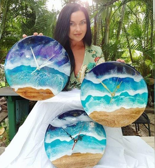 Along with writing, Schapelle is a keen artist. She has started selling her own work (painted clocks) via eBay and Instagram. You can't deny her artistic talent here.