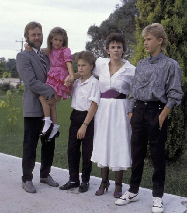 Lindy and Michael with three of their children after her release.