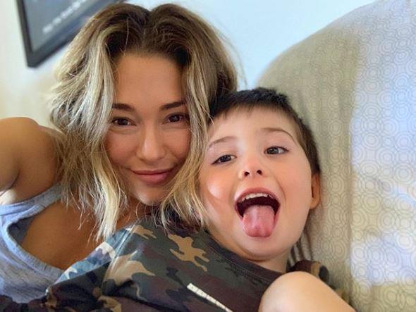 Kid selfies - miles better than couple selfies.