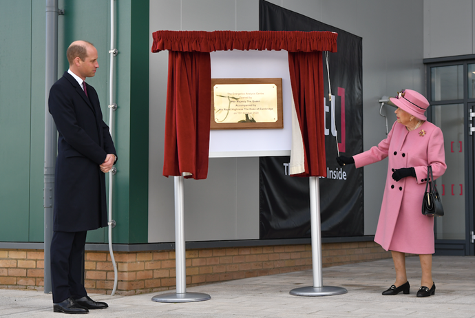 The pair opened the new Energetics Analysis Centre.