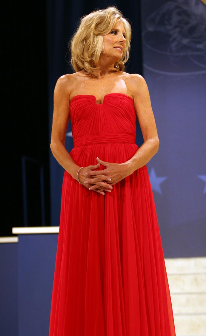 Like her favourite jewel green, Jill can also rock a red dress like a pro. She looked stunning in this strapless red gown for the Southern Regional Ball at DC Armory in 2009.