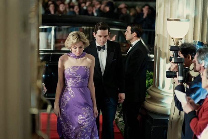 Yes, Prince Charles *did* date Princess Diana's older sister.