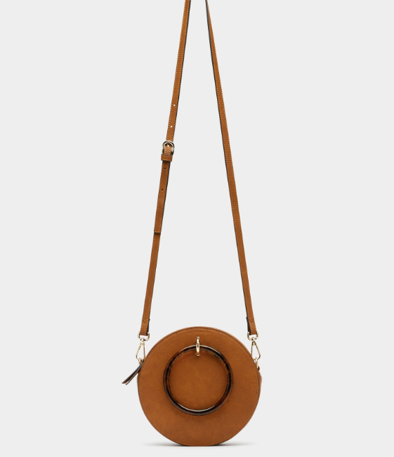 """While Meghan's Chloe creation is drool worthy, you'd get a very similar vibe with this Sussan style at a fraction of the price. It's currently $47.96 on sale, **[buy it online here](https://www.sussan.com.au/sarita-round-cross-body-bag-tan-all