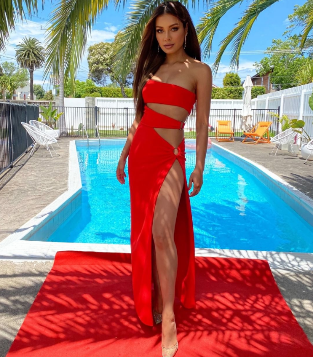 **DJ Havana Brown**<br><br> Red hot with the red carpet to match, DJ Havana seized the opportunity to get glammed up - and she looks incredible.