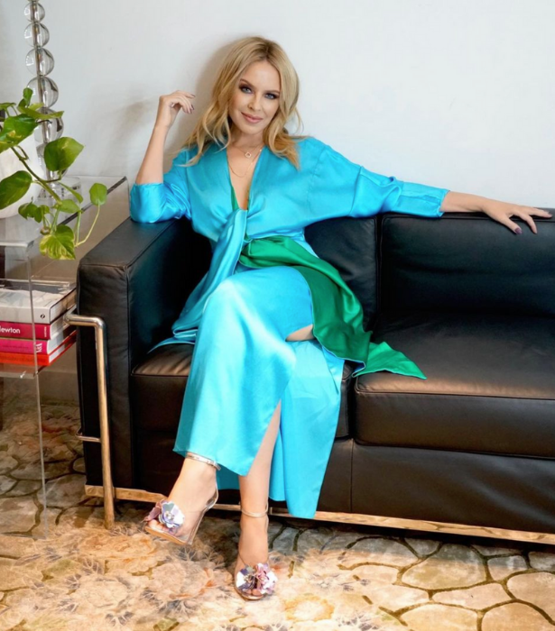 **Kylie Minogue**<br><br>  Would it be an ARIAs without an appearance from pop princess Kylie looking effortlessly stunning?