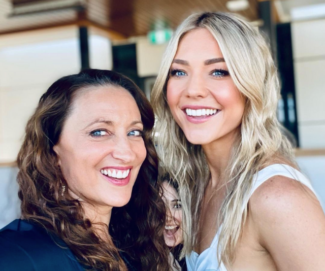 These two gorgeous gals are absolutely glowing!