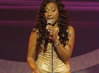 Former Young Divas band member Paulini Curuenavuli was slapped with a six-month suspended sentence for bribing a government official to unlawfully obtain a driver's license.