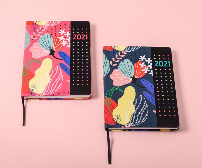 """**2021 Collins Debden Diary**<br><br>  Start the year on a stylishly organised note with this vibrant A5 organiser. A thoughtful stocking filler for the creative person in your life who loves to stay on top of their life admin. This chic 2021 diary has monthly planners, an expense tracker, ongoing goals, health tips and note pages. <br><br>  [Collins Kalos Diary 2021, $28.99, shop it here.](https://collinsdebden.com.au/collins-kalos-diary-2021-a5-weekly-pink