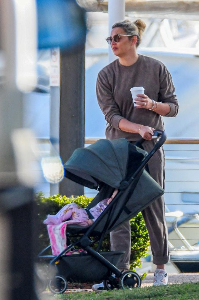 Later, Jasmine was seen pushing Harper in a stroller.
