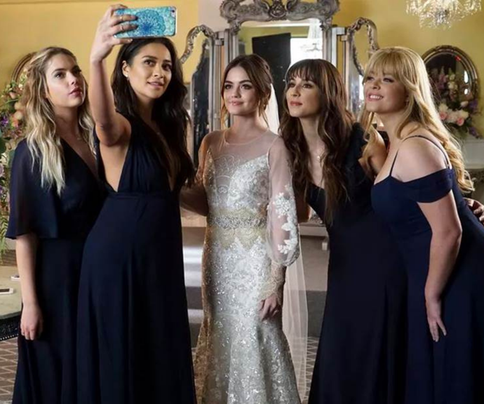 ***Pretty Little Liars*** <br><br> Finishing in 2017, fans were not, well, fans of *Pretty Little Liars*' two-hour-long finale. Yes, it had its share of heartwarming, exciting and mildly terrifying moments, but the general consensus was that it was an absolute betrayal of an ending. <br><br> As for why it was so bad? While there were many things wrong with the finale, the biggest issue came down to the show's central storyline. That is to say, when you sell a story on the unknown identity of a mysterious behind-the-scenes manipulator (CC: *Gossip Girl*), you have make sure the payoff is good with a capital 'G'. <br><br> PLL fans spent seven years dissecting theories and following the show's every potential hint to figure out who the anonymous 'A' was, only for the finale to reveal it was a character we'd never seen or heard of. <br><br> Furthermore, the finale felt rushed, left many questioning what happened between Spencer and Toby (something which the series didn't address until the Pretty Little Liars spinoff, The Perfectionists) and there was a terribly cliché evil twin with a bad British accent. We rest our case.