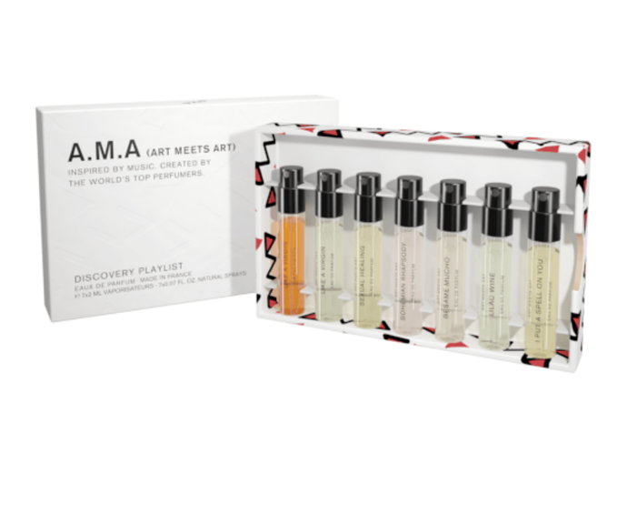 """These perfume minis are the perfect size and assortment to throw in each of her many handbags. <br><br>  *Art Meets Art Discovery Kit, $50 , [**shop it here.**](https://www.adorebeauty.com.au/art-meets-art/art-meets-art-discovery-kit-7x-2ml.html