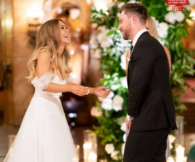 Alana wowed her groom, Jason.
