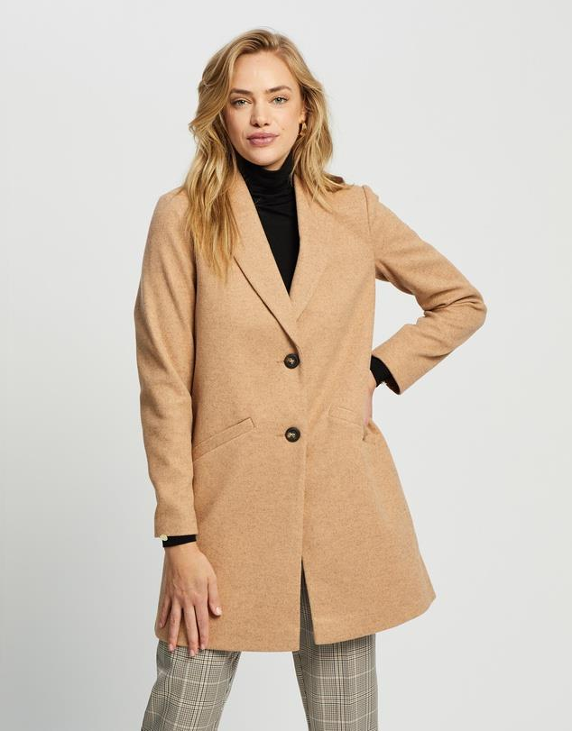 "Dorothy Perkins Shawl Collar Coat, $99.95. **[Buy it online here](https://www.theiconic.com.au/shawl-collar-coat-1168477.html target=""_blank"" rel=""nofollow"")**"