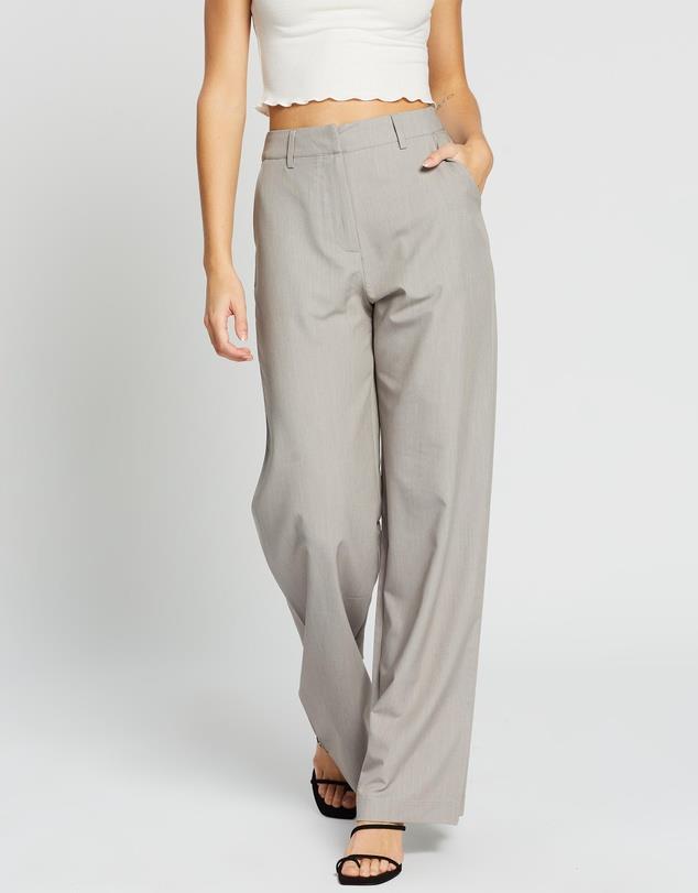 "Dazie Rozalia Wide Leg Pants, $47.99 (on sale). **[Buy them online via The Iconic here](https://www.theiconic.com.au/rozalia-wide-leg-pants-1096601.html|target=""_blank""|rel=""nofollow"")**"